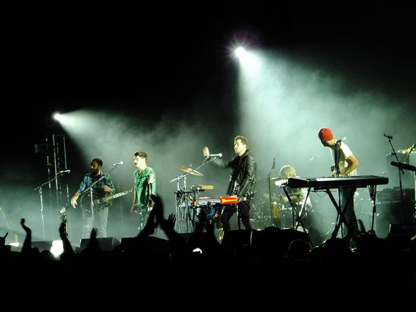 Local-Natives-December-3-2011-Bill-Graham-Civic-1