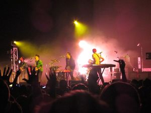 Local-Natives-December-3-2011-Bill-Graham-Civic-3